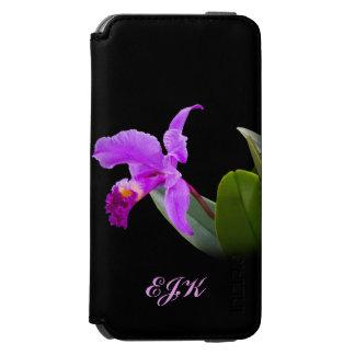 Orquídea en negro con el monograma adaptable funda billetera para iPhone 6 watson