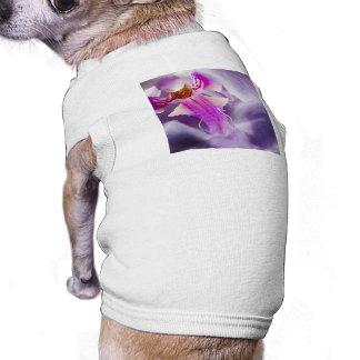 Orquídea púrpura playera sin mangas para perro
