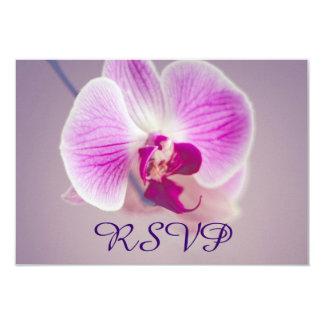 """Orquídea púrpura radiante que casa RSVP Invitación 3.5"""" X 5"""""""