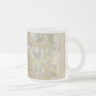 Orquídeas grabadas al agua fuerte en la taza de