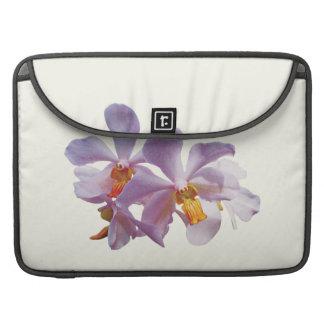 Orquídeas rosadas delicadas funda macbook pro