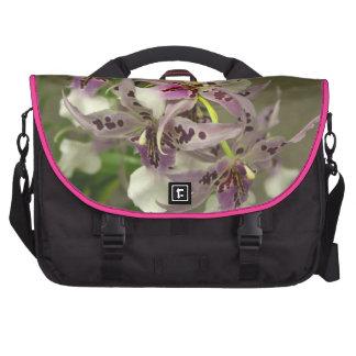 Orquídeas rosadas y blancas bolsas de portatil