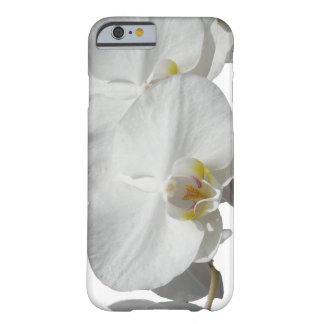Orquídeas tropicales blancas funda de iPhone 6 barely there