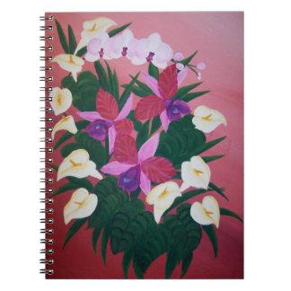 Orquídeas tropicales y calas del ramo floral del spiral notebook