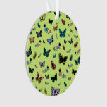 Orugas y mariposas lindas (fondo verde)