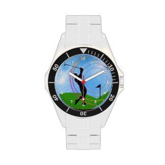 Oscilación del golf en los vínculos relojes de mano