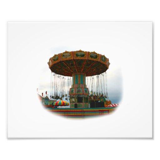 Oscilaciones de los parques de atracciones parados arte con fotos