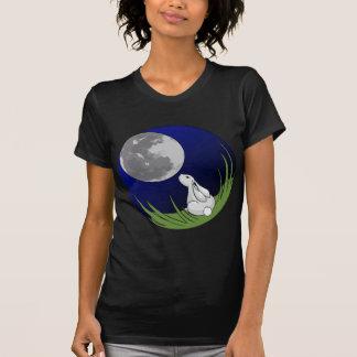 Oscuridad de la camiseta del conejito de la luna playeras