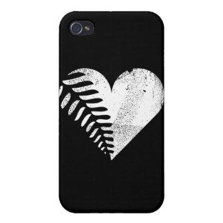 Oscuridad del corazón del helecho iPhone 4 carcasas
