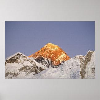 Oscuridad en el monte Everest, Nepal Póster