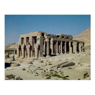 Osiride figura Ramesses II que flanquea las parede Postal
