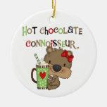 Oso caliente del chica de ChocolateConoisseur Adorno Redondo De Cerámica