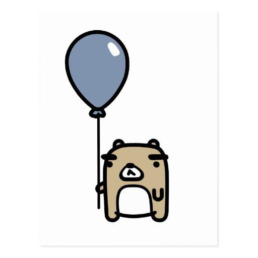 Oso con el globo azul postales