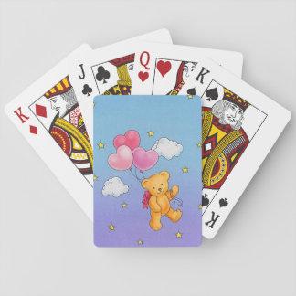 Oso con el naipe del globo del corazón cartas de juego
