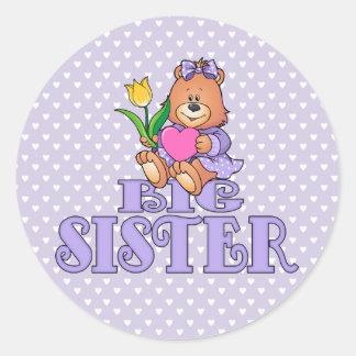 Oso con la hermana grande del corazón pegatina redonda