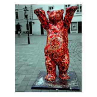 Oso de Bratislava. Arte de Jaro Sulek Postal