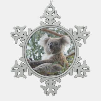 Oso de koala adorno de peltre en forma de copo de nieve
