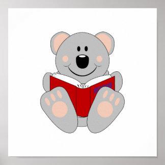 Oso de koala de la lectura de Cutelyn Poster