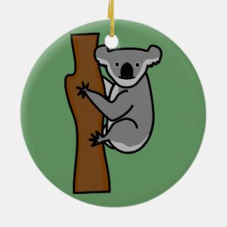 Oso de koala lindo en un árbol adorno navideño redondo de cerámica
