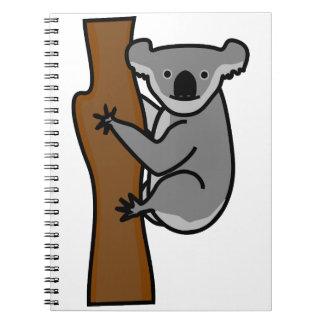 Oso de koala lindo en un árbol libro de apuntes con espiral