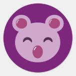 Oso de koala púrpura lindo pegatina redonda