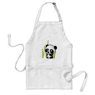 Oso de panda blanco y negro lindo en una arboleda delantal