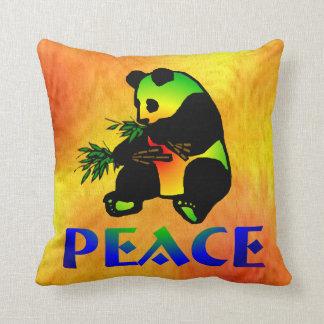 Oso de panda de la paz almohada