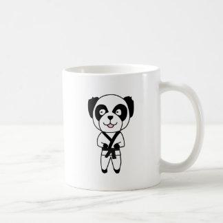 Oso de panda de los artes marciales tazas de café