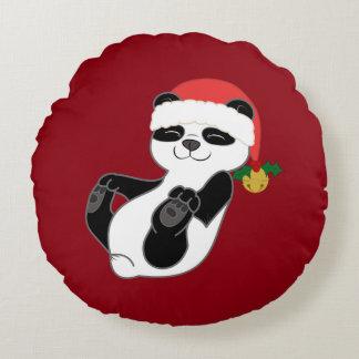 Oso de panda del navidad con el gorra y Jingle Cojín Redondo