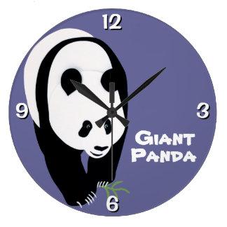 Oso de panda gigante adaptable reloj redondo grande