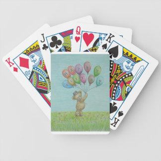 oso de peluche barajas de cartas