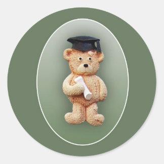 Oso de peluche de la graduación pegatina redonda