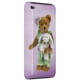 Oso de peluche lindo con el conejito Case-Mate iPod touch carcasas