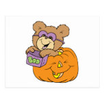 oso de peluche lindo de Halloween en abucheo de la Postal