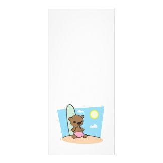 oso de peluche lindo de la persona que practica su tarjeta publicitaria a todo color