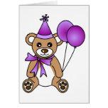 Oso de peluche lindo del cumpleaños - púrpura tarjetas