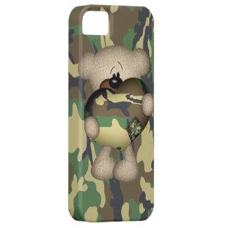 Oso de peluche militar del corazón de Camo iPhone 5 Fundas