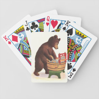 Oso de peluche que hace el lavadero cartas de juego