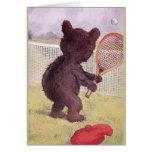Oso de peluche que juega a tenis tarjetón