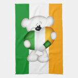 Oso de peluche y corazón irlandés grande toallas de mano