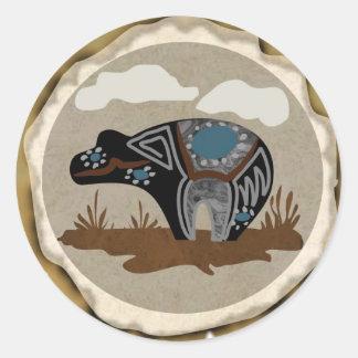 Oso del alcohol del nativo americano pegatina redonda