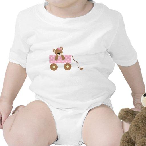 Oso del bebé en carro rosado lindo traje de bebé