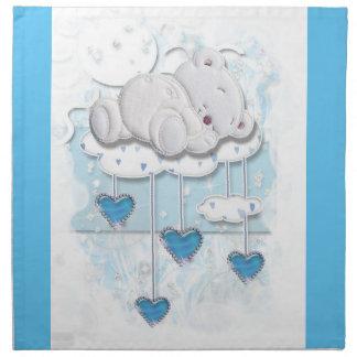 Oso del bebé que duerme en una nube con los servilletas imprimidas