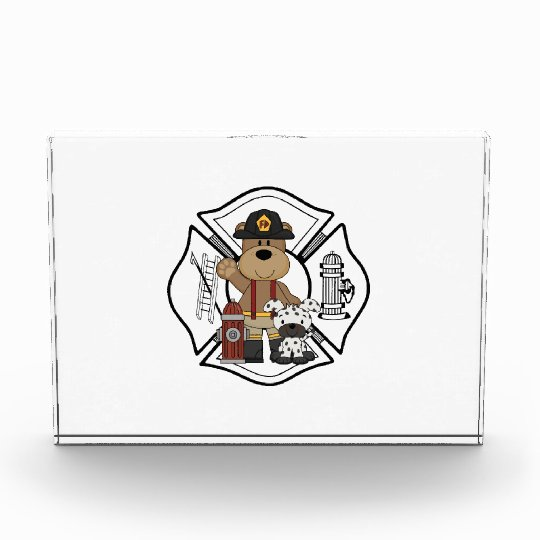 Oso del departamento del fuego del bombero
