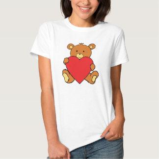 Oso del el día de San Valentín con el corazón Remeras
