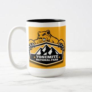 Oso del oro de Yosemite Taza De Café