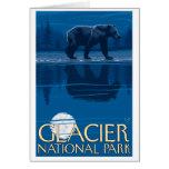 Oso en claro de luna - Parque Nacional Glacier, TA Felicitación