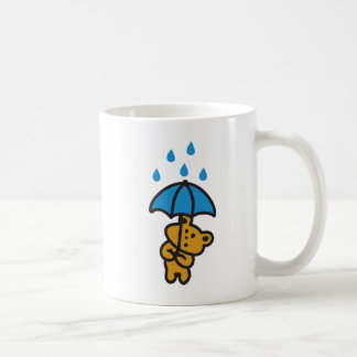 Oso en la lluvia taza de café