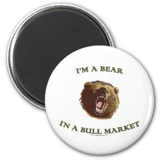 Oso en un mercado alcista imán redondo 5 cm