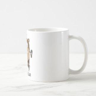 Oso enojado taza básica blanca